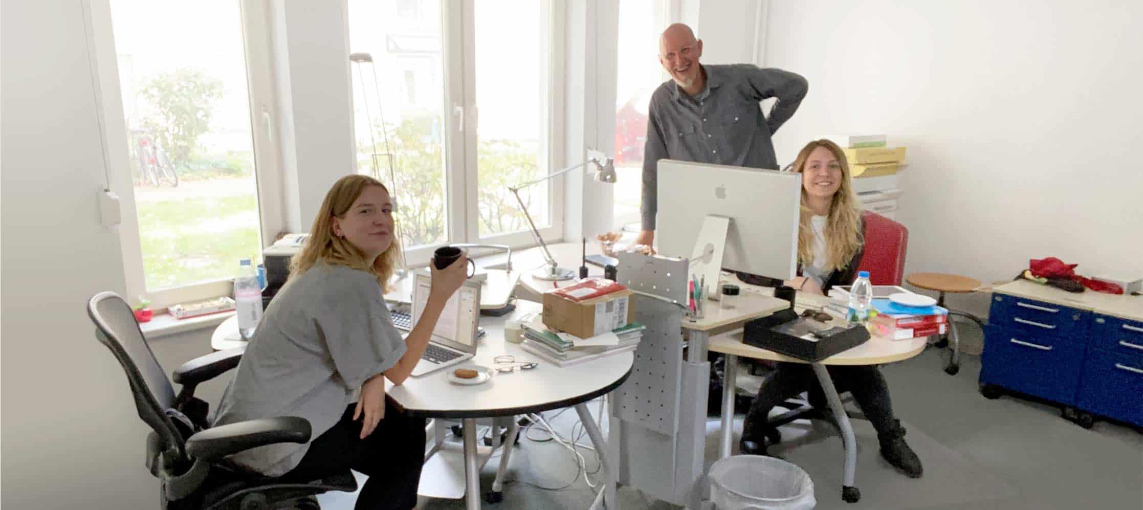 Grafikdesign Lücken-Design Studio